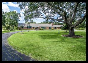 6323 Delany Road, Hitchcock, TX 77563