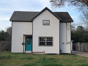 1002 e fayle street, baytown, TX 77520