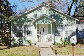 406 e jackson street, west columbia, TX 77486