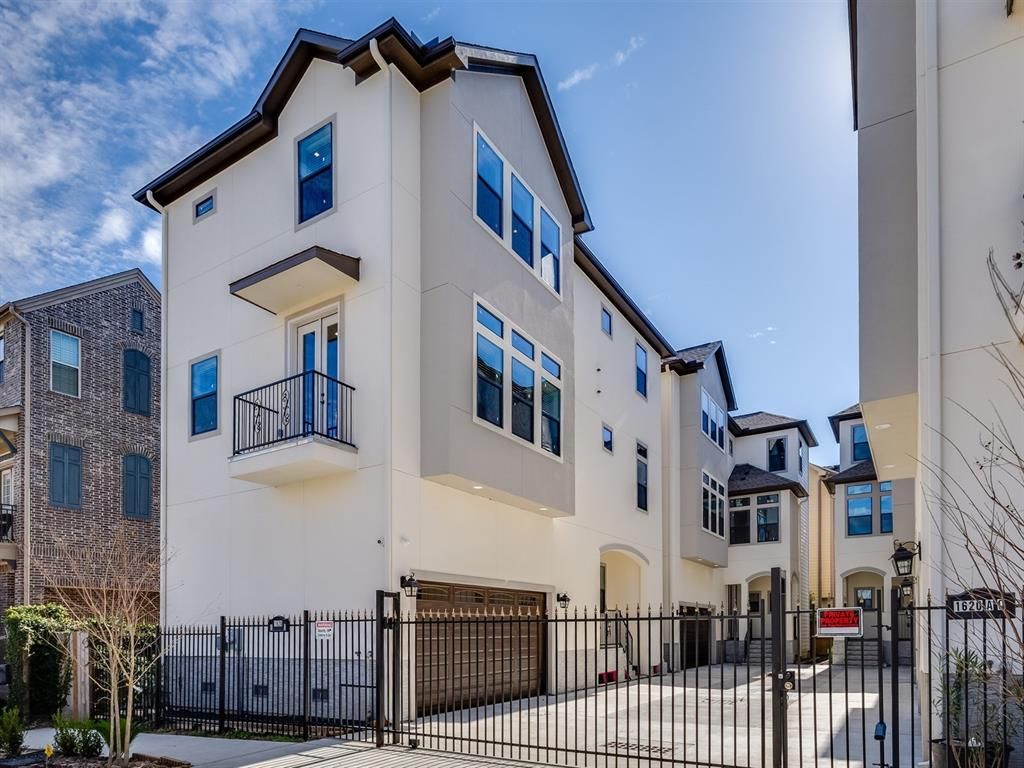 FABULOUS CONTEMPORARY CUSTOM PATIO HOME IN THE HEIGHTS.  IN GATED CLUSTER OF 4 HOMES. IDEALLY WITH EASY ACCESS TO PARKS, SHOPPING, RESTAURANTS & FREEWAYS. BEAUTIFUL UPGRADES THROUGHOUT, NEVER LIVED IN.