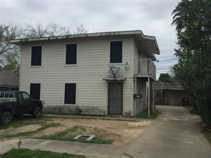 7715 glover street, houston, TX 77012
