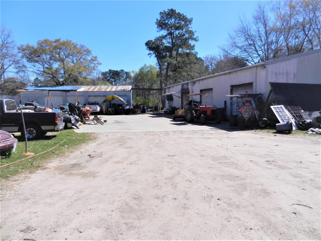 22862 Ford Road, Porter, TX 77365