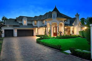 14 Old Castle Court, The Woodlands, TX 77382