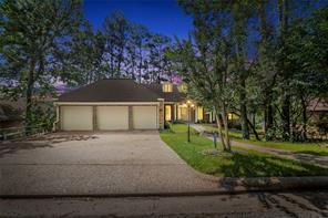 826 Overbrook Drive, Huntsville, TX 77340