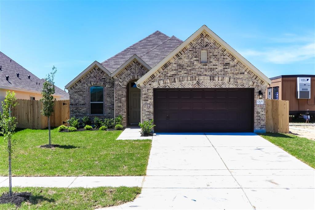 12635 Broussard Brook Lane, Houston, TX 77086