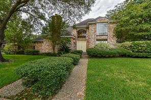 17427 sandy cliffs, houston, TX 77090
