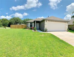 2217 Hedgerose, Bay City, TX 77414