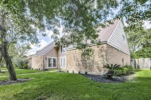 2818 Ashmont Drive, Missouri City, TX 77459