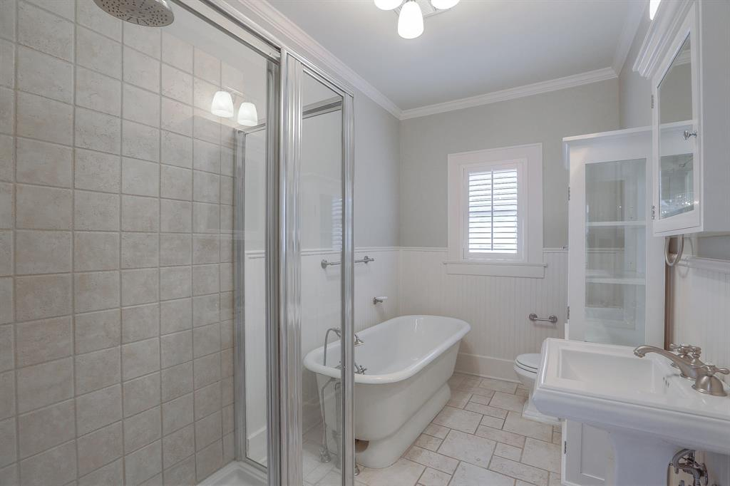 You and your guests are going to appreciate this full second bathroom with a beautiful tub and separate shower.