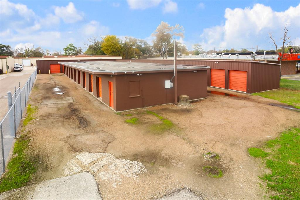 "Operating Mini storage located inside Spring Branch neighborhood experiencing explosive new development. Center Bldg is cinder block, Outside ""L"" shaped Bldg is metal. Over 8,000 sq ft total, easily converted to Office Bldg with separate shop bldg."