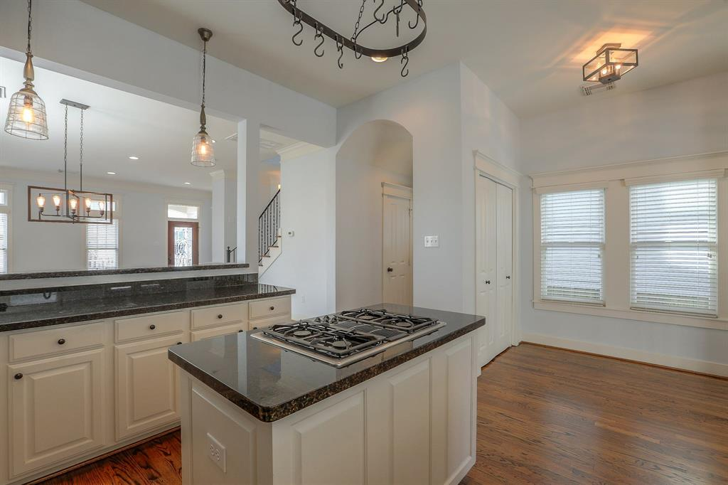 Spacious Kitchen with breakfast nook.