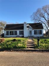 902 e burnett street, calvert, TX 77837