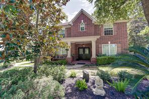 39 Filigree Pines Place, The Woodlands, TX 77382