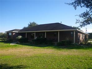 1176 County Road 160, Rock Island TX 77470
