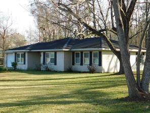 1358 County Road 2066, Hull TX 77564