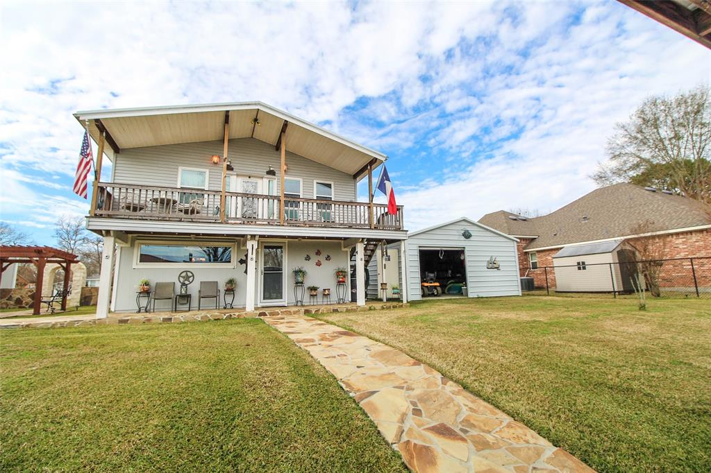 357 Governor Hogg Drive, Point Blank, TX 77364