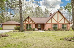 2414 forum court, new caney, TX 77357