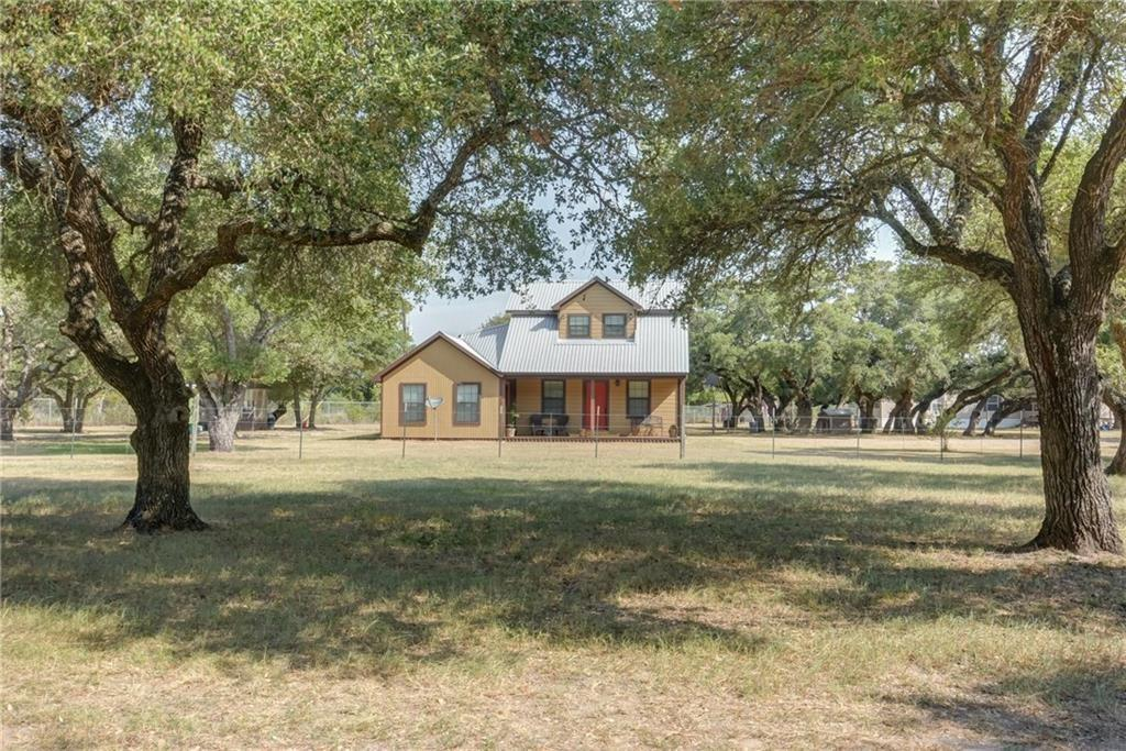 1026 County Road 233, Giddings, TX 78942