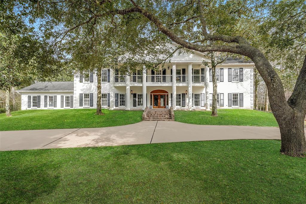 403 Charleston Street, Friendswood, TX 77546