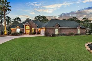 12775 Lake Villa Lane, Willis, TX 77318