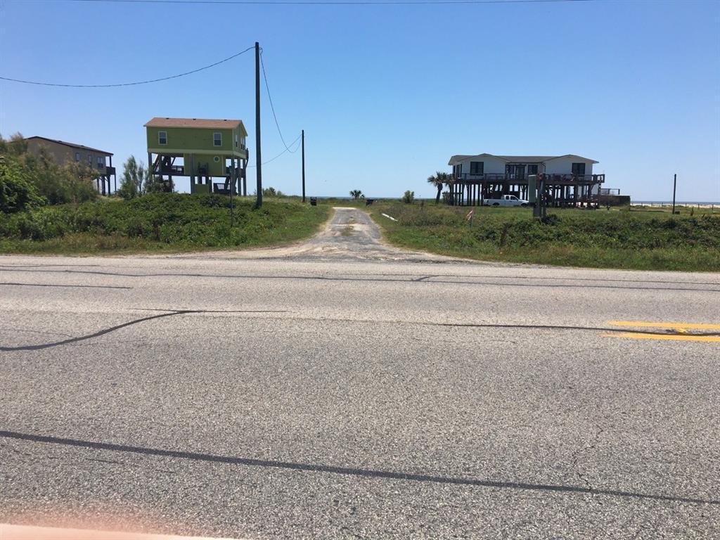 1224 Hwy87 Highway, Gilchrist, TX 77617
