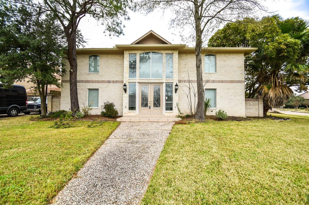 10827 Braesridge Drive, Houston, TX 77071