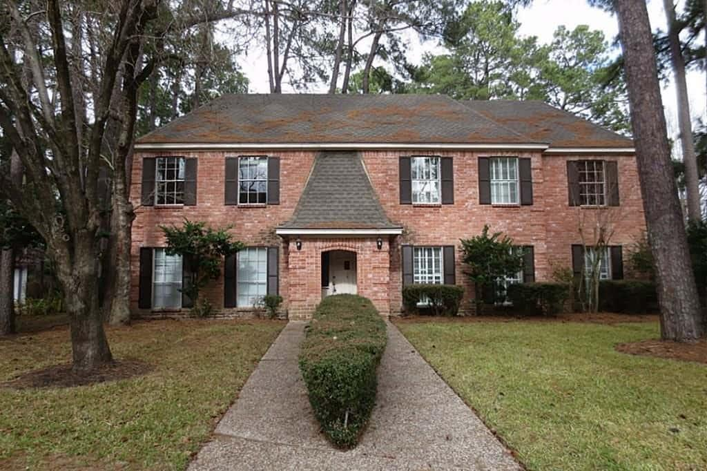 You will love making this beautiful house your new home! The all-brick front exterior boasts stunning covered entrance and a beautifully landscaped, lush green lawn with a charming pathway through the middle of it to the front door. The interior boasts an open layout, plenty of plush carpeting throughout the communal living rooms and bedrooms for your comfort, and a fireplace in the living room for cozy nights in. The upstairs common room is decorated with gorgeous, built-in shelving and desk space, and the bedrooms are lit with ample amounts of natural lighting. Additionally, the kitchen is equipped with granite countertops, updated appliances, and a breakfast bar for your enjoyment. Make this your home and apply today!
