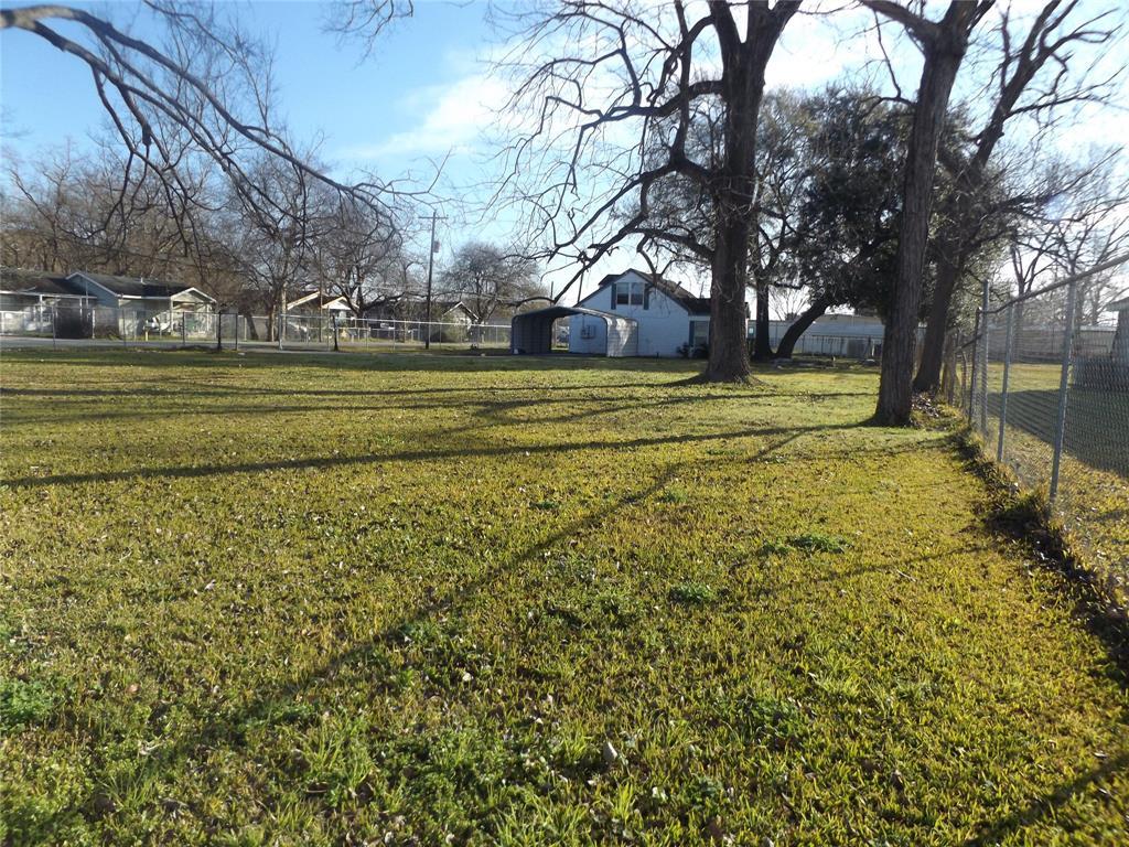 1328 Wedgewood Street, Houston, TX 77093