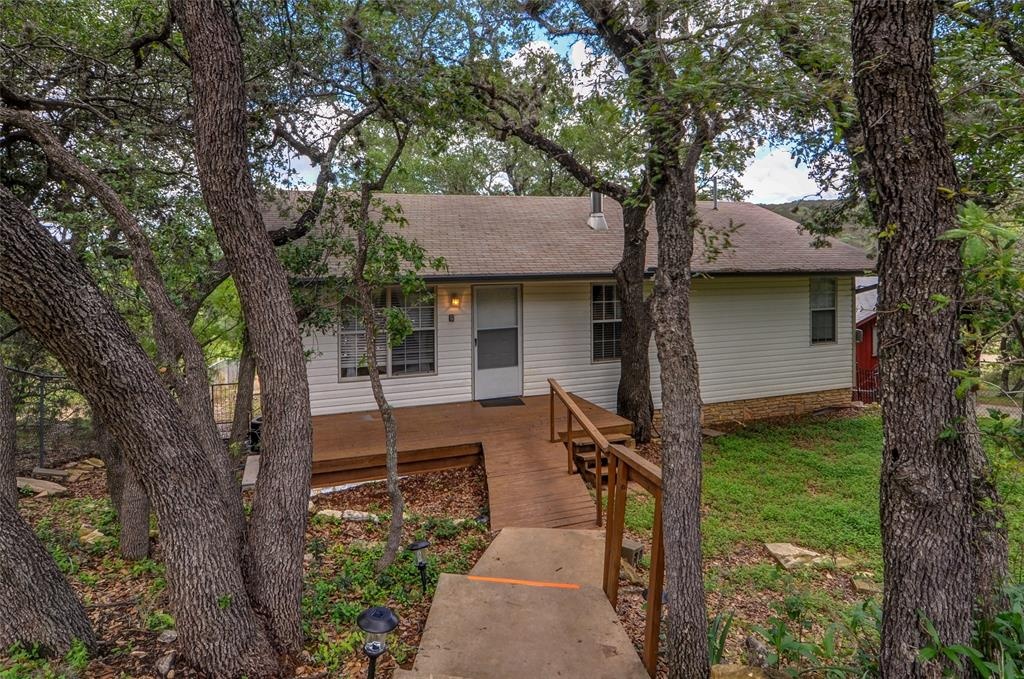 1111 Hillcrest Forest, Canyon Lake, TX 78133