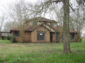 3607 Peach Creek Drive, Wharton, TX 77488
