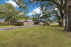 128 county road 496, dayton, TX 77535