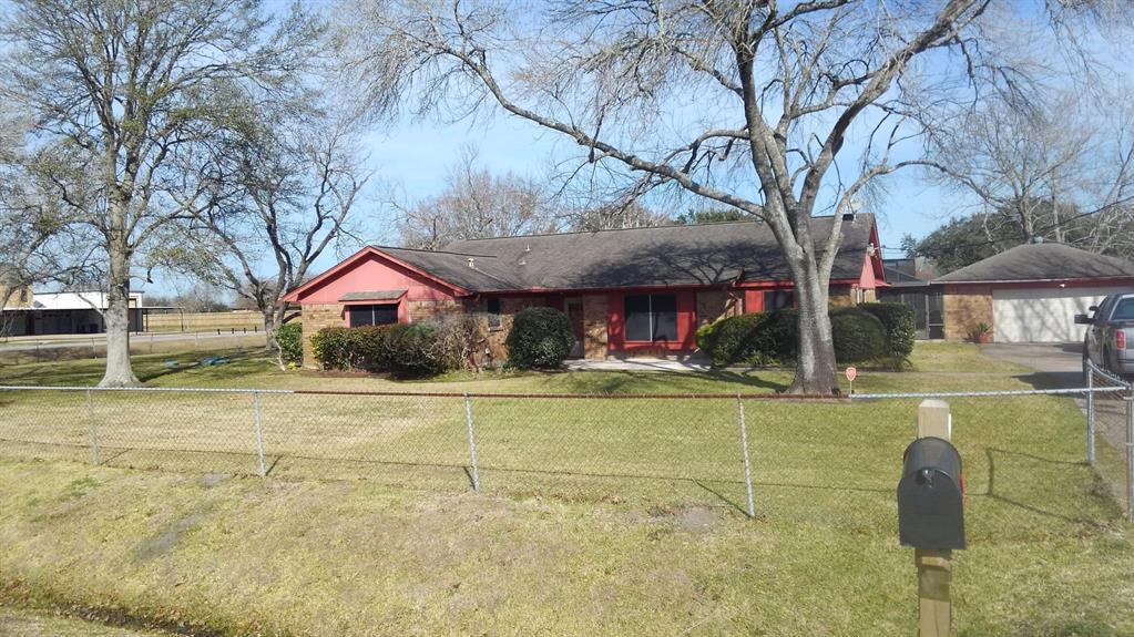 2103 Barbers Hill Road, Highlands, TX 77562