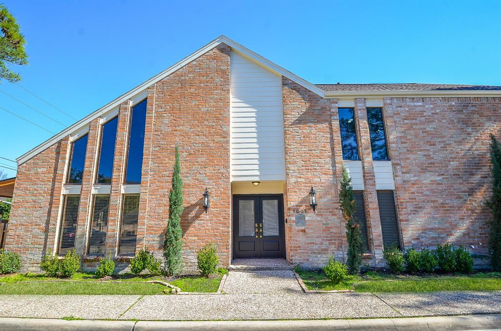 1001 Townplace Street, Houston, TX 77057