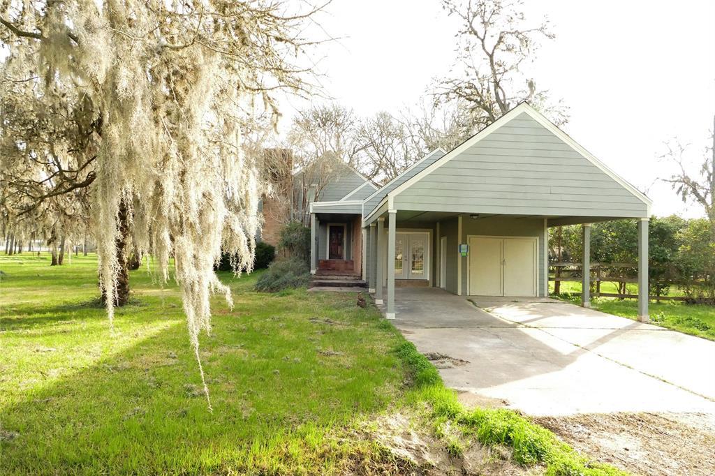 820 Pony Lane, Simonton, TX 77476