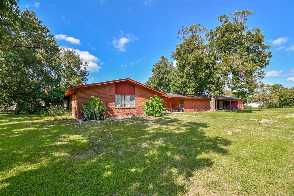 425 Croom Drive, Wharton, TX 77488