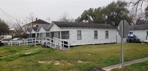 3706 delano street, houston, TX 77004