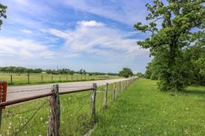 2327 arrington road, college station, TX 77845