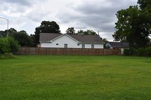 1404 tabor street, houston, TX 77009