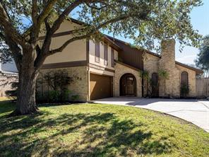 1026 woodhorn drive, houston, TX 77062