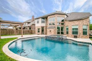 28045 Hallimore Drive, Spring, TX 77386