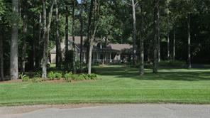 1818 Ranch Trail Court, Magnolia, TX 77354