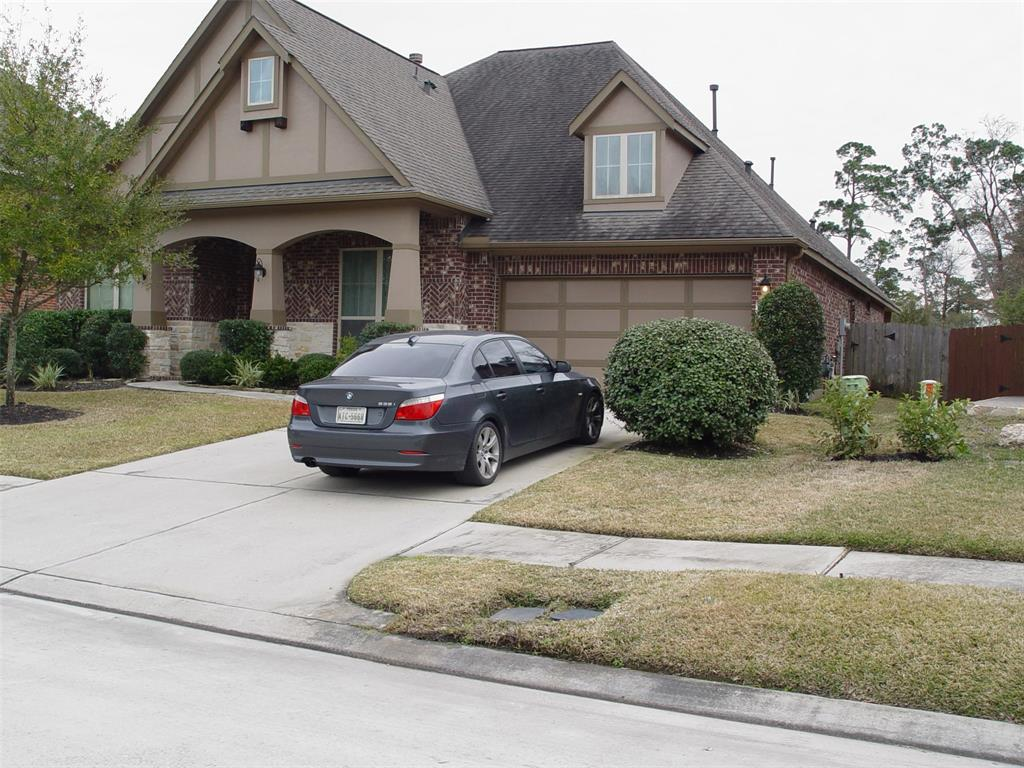 THIS HOUSE IS READY WITH MOVIE PROJECTOR & SCREEN, TV IN MASTER, NEST THERMOSTAT, GATED ENTRANCE,