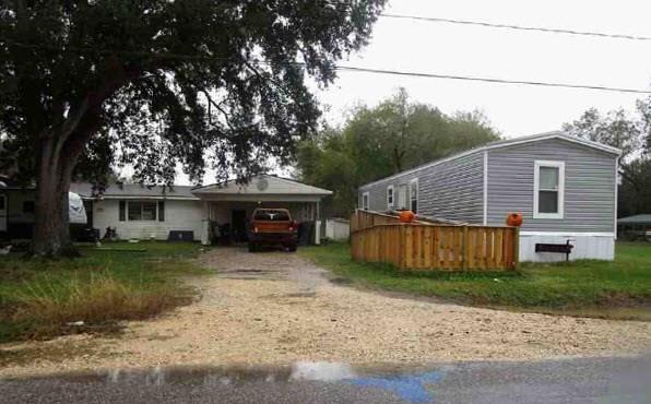 12199 E Hamshire Road, Hamshire, TX 77622