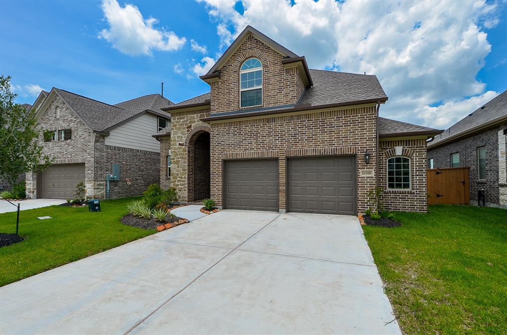 12518 Tamaron Drive, Texas City, TX 77568