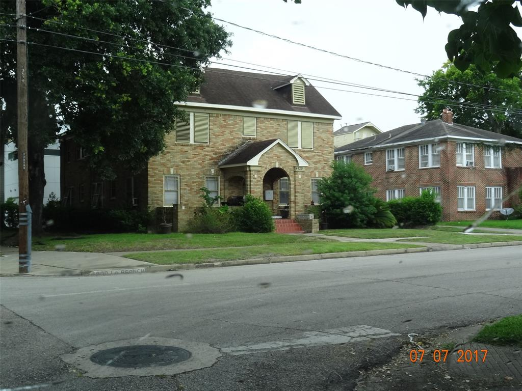 4920 La Branch Street, Houston, TX 77004