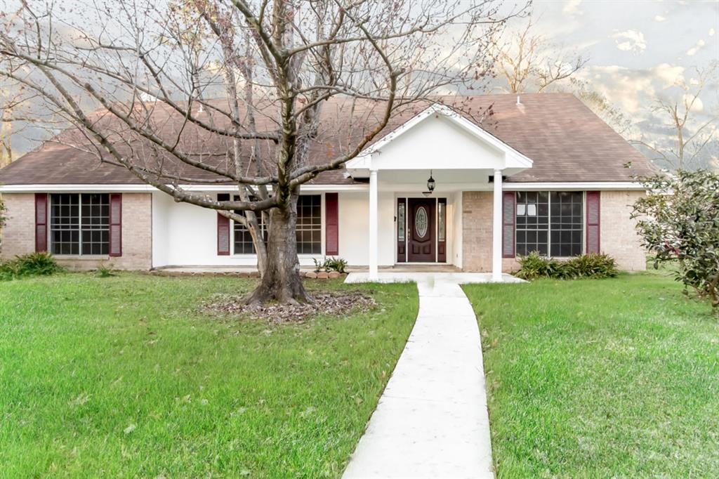 2150 Chevy Chase Lane, Beaumont, TX 77706