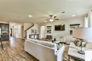 13230 Vallentine Row, Houston, TX, 77044