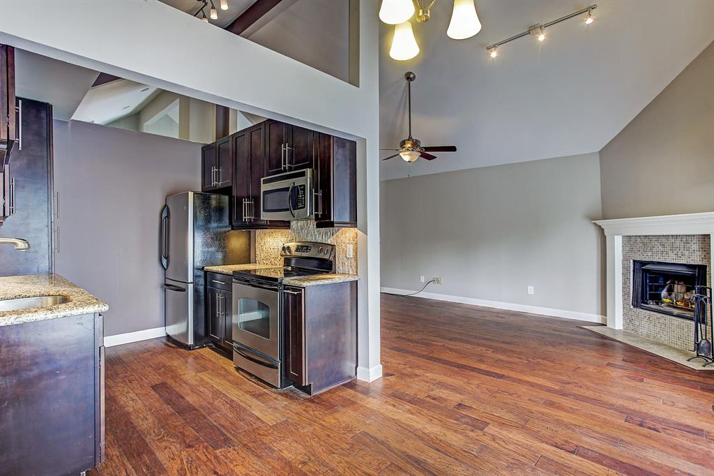 Kitchen/living/dining open concept floor plan.