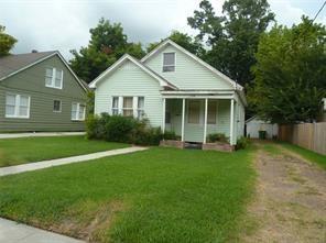 704 E Lobit Street, Baytown, TX 77520