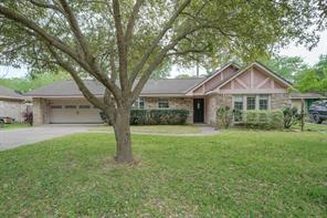 2114 Woodway Drive, Woodbranch, TX 77357